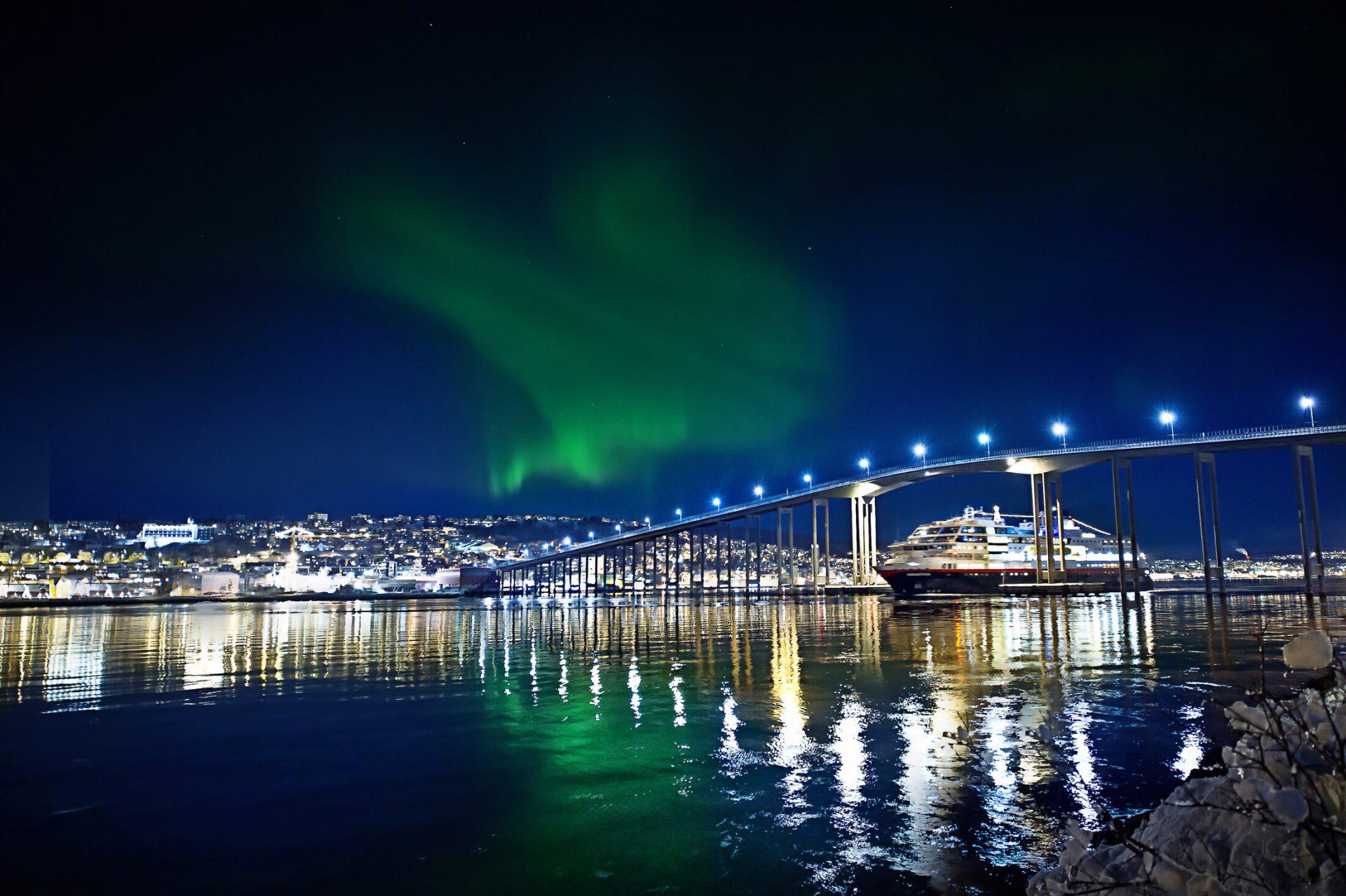 Astronomisch Avontuur, per postboot langs de Noorse kust